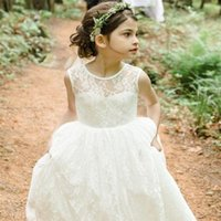 Wholesale New Lace Flower Girl Dresses High Neck V Back Party Pageant Communion Dress for Wedding Little Girls Kids Children Dress