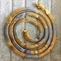Precio de Las mujeres atractivas de oro-2017 La manera atractiva de lujo 24 largos pulga el GP de oro blanco amarillo / blanco de 18m de las mujeres de 18m llenó el collar de la plata del oro de la cadena de la serpiente