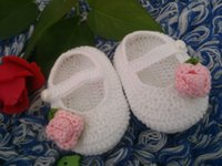 Wholesale Fashion Buckle Baby Girls Shoes Handmade Knitting Newborn Crochet Sandals Baby Crochet Shoes