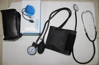 Wholesale New Arm Blood Pressure Pulse Monitor Health care Monitors Upper Portable Monitor Meters Sphygmomanometer With Stethoscope Kit