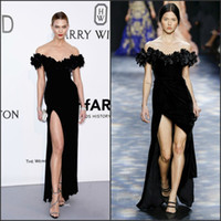Wholesale Black Velvet Celebrity Dresses Karlie Kloss Inspired Gala Cannes Film Festival Off the Shoulder Formal Evening Dress with High Split