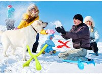Wholesale 144pcs best quality Winter snowball Toy snowball maker machine and launcher for Winter Battle Kids and Adult Toy