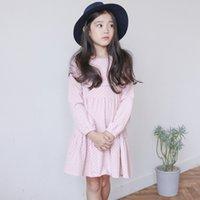 Compra Línea vestido de lunares larga-Vestido de la muchacha de la manga larga de la nueva manera 2017 niños del resorte algodón 100% en falda rosada de la princesa de la falda del A-line del polka y refresco encantador