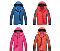 Wholesale Factory direct sales feathers outdoor clothing mountaineering suits men jackets down jacket down jacket triple triple
