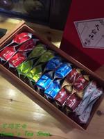 Wholesale 2017gift box g Grade AAAAA Da Hong Pao with gift box and Chinese Famous Tea Wuyi Rock Tea Oolong Tea year new tea