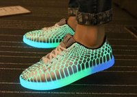 Wholesale Christmas Eve luminous shoes men women fashion sneakers for adults colorful glowing leisure shoes