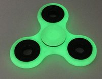 Wholesale Factory Direct Luminous Hand Spinner Gray Glow In The Dark Tri Spinner Fidget Desk Toy Decompression Toys