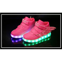 Chaud 2016 Led chaussures pour enfants Enfant fille garçon LED s'allument sneaker athlétique ailes chaussures High Student danse Boot USB Charge Wings Sneakers