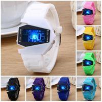 al por mayor mujeres masculinas estrella de la manera-Relojes para las mujeres Nuevo diseño de moda Star Wars hombres reloj de pulsera de moda masculina futuro cronómetro Watchband reloj de pulsera digital LED