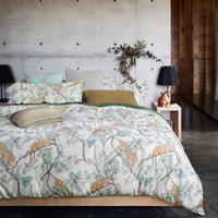 Wholesale Modern Style long staple cotton active printing plants with wild leopard pattern Bedding sets King Queen size