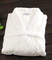 Wholesale White Color Luxury Hotel Man Robe High Class Keep Warm Winter Style Men s Sleepwear One Size