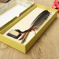 achat en gros de mariage des stylos plume gros-Grossiste-Excellent Antique Quill plume Dip Pen écriture encre Set Papeterie Gift Box avec 5 Nib Cadeau de mariage Quill Stylo Stylo plume