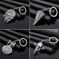 Wholesale Vintage Star Wars Keychains Spacecraft Star Trek Key Rings Starwars Millennium Falcon Keyrings Keychain Best Gifts PPA830