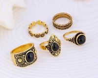 Wholesale Unique Circle Black Stone Set Ring Retro Style for women