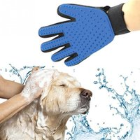 Wholesale 2017 NEW Product Silicone True Touch Glove Deshedding Gentle Efficient Pet Grooming Dogs Bath Pet Supplies Blue