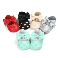 Wholesale PU Leather Baby Boy Girl Shoes Non slip moccasins soft Genuine Leather Toddler Girls Bow love shoes princess Christmas gift