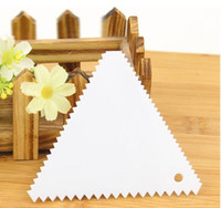 baking cutter shapes - Christmas Kitchen Pastry Tools Sawtooth Shape Plastic Smoother New Scraper Classic Fondant Tool Baking Decorating Tools