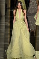 al por mayor murad vestido sin espalda zuhair-Zuhair murad vestidos de noche 2016 vestidos de seda amarillo de baile con appliques rebordeados escote halter barrer vestidos de noche de tren