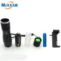 Wholesale CREE XM L T6 LM High Power LED Torches Mode Zoomable Tactical LED Flashlights Torch Light with Battery and Charger