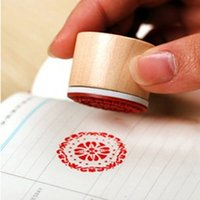 Wholesale Assorted Retro Vintage Floral Flower Pattern Round Wooden Rubber Stamp Scrapbook DIY