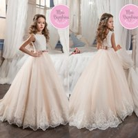 ba silver - 2017 Vintage Flower Girl Dresses For Weddings Blush Pink Custom Made Princess Tutu Sequined Appliqued Lace Bow Kids First Communion Gowns BA