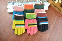 Wholesale 2017 hot selling student wool warm winter gloves high grade fashion knitting glove soft and comfortable