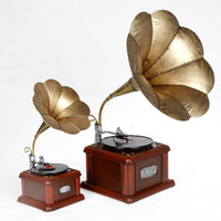 Wholesale Drop Shipping Handicrafts Metal Antique Phonograph Model Retro Machine Recorder Model Gramophone size Home decoration
