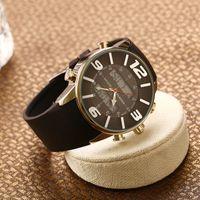 Men's mens casual accessories - Casual Fashion Noble Quartz Watches Mens Watch High end Watches Fine accessories New pattern Metal accessories Explosion Fucda