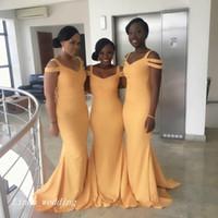 al por mayor además el tamaño de vestidos de dama de color amarillo-2017 Vestido formal de la dama de honor de la sirena del amarillo nuevo de la llegada Vestido surafricano largo barato del V-cuello del vestido de honor más tamaño por encargo