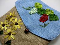 Envío libre al por mayor libera el envío El bolso chino de la hembra del bordado del lino del stype Single-sided bordó el bolso de lino hecho a mano del mensajero