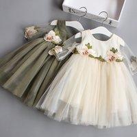 Precio de Faldas para las muchachas de los niños-El vestido lindo de la falda de Sweety de la muchacha del niño de los vestidos de las muchachas de los cabritos de 2017 embroma el vestido de los niños del partido de la princesa bordada flor de la falda 5 PC / porción B
