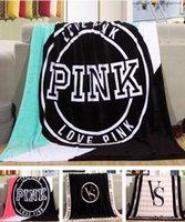 Hot Sale VS Pink Blankets Coral Toison Flasque Canapé Air Condition Blankets Catwalk Dimensional Beadding Cadeaux de Noël 10pcs