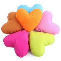 Wholesale Candy Color Lovely Heart Shape Dog Pillow Dog Cat Toys Pet House Decoration Pillow Chew Throw Toys
