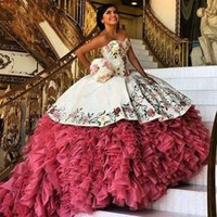 Wholesale Luxurious White Red Embroidery Quinceanera Dresses Puffy Ball Gown With Ruffles Organza Layer Sweet Dress Vestido De