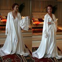Wholesale Chic Long Sleeves Cheap Bridesmaid And Bride Robes Custom Made Silk Satin Bathrobe Wedding Party Robe For Women Floor Length Lace Sleepwear