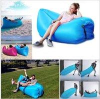Frete grátis Portáteis sofá preguiçoso Air Sleeping Bag Hangout Lounger Air Camping Sofa Portátil Praia Nylon tecido dormir cama com bolso