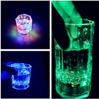 Wholesale Hot style LED glass induction drinks a cup of water Colorful luminous color strange new creative cup