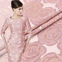 Wholesale Fashion Pink Roses Gold Jacquard Fabrics Crisp Dress Fashion Dress Fabric Clearance Garment Material cmx145cm
