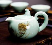 Wholesale Red lotus Gift box set kung fu tea set hand painting longquan celadon teapot cup set