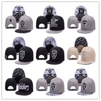 Wholesale Raiders Oakland Snapback Caps Adjustable Football Snap Back Hats Hip Hop Snapbacks High Quality Players Sports wholsale price