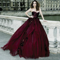 2018 Victorian Gothic Wedding Dresses Ball Gown Tulle Sweetheart With Hand  Made Flowers Burgundy Halloween Bridal Gowns vestido de novia ce3b22ae74af