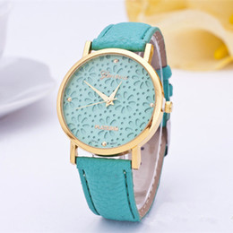 2017 Fashion Geneva Watches Strap Wristwatch Hollow Lace Flower Watches For Women Dress Quartz Watches Clock