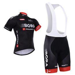Promotion cuissard vente Hot Sales Team Bora 2015 Noir Cycling Jersey Ensembles Outdoor Road Cyclisme Maillots de manches courtes Top + Rembourré Bib Bike Shorts Séchage très rapide