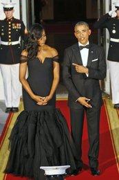 Грязно-белый ковер для продажи-Черное платье 2015 Мишель Обамы в Белом доме торжественный ужин платьях с плеча Mermaid Формальное Red Carpet Знаменитости формалей