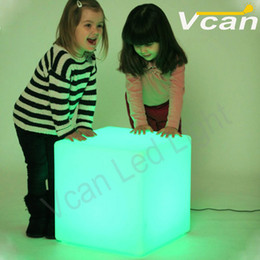 Wholesale cm inch Factory cordless waterproof colors change remote control rechargeable led cube stool bar chair