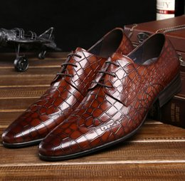 Wholesale Fashion serpentine Brown black mens wedding shoes genuine leather casual business shoes mens dress shoes new oxfords shoes