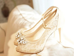 Ivory Beautiful Vogue Lace Crystal 10cm High Heels Wedding Bridal Shoes