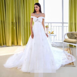 Sexy Off Shoulder Wedding Dresses with Applique Empire Waist Wedding Gowns for Bride Court Train A Line Tulle Dress