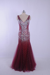 2015 Mermaid Burgundy Crystal Prom Dresses Real Picture Luxury pageant Dress Vestidos de Festa Back open Back Sparking Party Dress