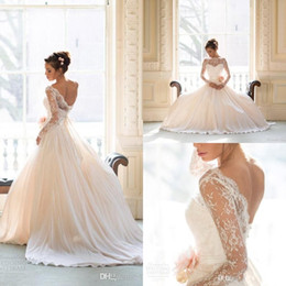 2015 Vintage Wedding Dresses Lace With Long Sleeves Plus Size Wedding Gowns Boho Beach Naomi Neoh Modest Bridal Gowns A line high quality